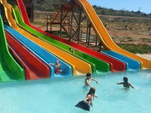 Wilgewandel Holiday Farm & Day Restaurant, Bed & Breakfasts  Oudtshoorn - big - 55