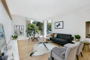 St Leonards Self-Contained Two-Bedroom Apartment (803NOR)
