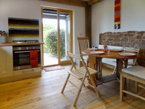 The Woodshed, Upton Pyne, Holiday homes  Upton Pyne - big - 10