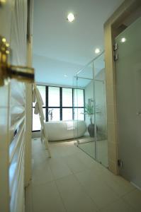Luxury Villas at Ombak Villa Langkawi, Villas  Kampung Padang Masirat - big - 23