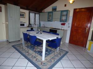 Residenza Tony 11, Apartments  Verona - big - 13