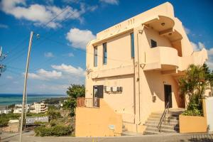 First Street Okinawa Yomitan-son Oceans, Апартаменты  Yomitan - big - 49
