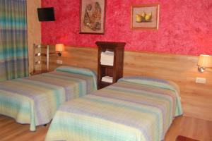 Hotel Rural Bidean, Ferienhöfe  Puente la Reina - big - 21