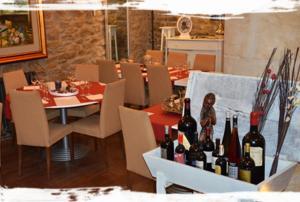 Hotel Rural Bidean, Ferienhöfe  Puente la Reina - big - 12
