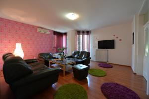 Apartment Lipov Gaj, Apartmanok  Újvidék - big - 14