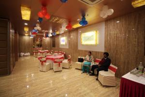 Hotel Golden Grand, Hotels  New Delhi - big - 51