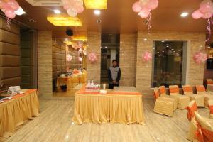 Hotel Golden Grand, Hotels  New Delhi - big - 48