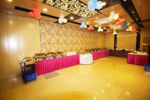 Hotel Golden Grand, Hotels  New Delhi - big - 46