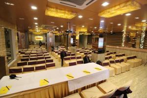 Hotel Golden Grand, Hotels  New Delhi - big - 54