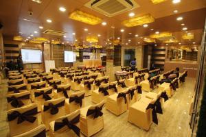 Hotel Golden Grand, Hotels  New Delhi - big - 55