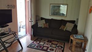 One-Bedroom Villa D