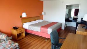 Motel 6 Natchitoches La, Hotely  Natchitoches - big - 2
