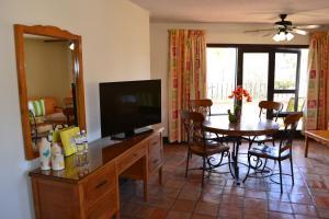 Hotel Quintas Papagayo, Hotels  Ensenada - big - 70