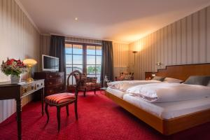 Hotel-Restaurant Vinothek Lamm, Hotel  Bad Herrenalb - big - 9