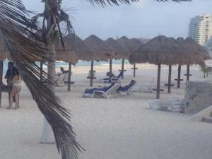 Beach Front Penthouse, Appartamenti  Cancún - big - 3