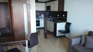 Apartments Relax, Apartmány  Balchik - big - 17