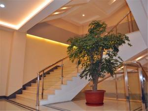 GreenTree Inn QinHuang Island Railway Station Business Hotel, Hotely  Qinhuangdao - big - 13