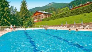 Hôtel Vacances Bleues Les Chalets du Prariand - Hotel - Megève