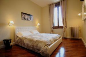J.R. Santa Maria Novella Luxury Rooms - AbcAlberghi.com