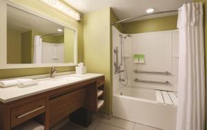 Home2 Suites by Hilton Destin, Hotel  Destin - big - 5