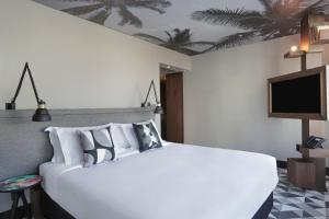 Double Room with Corcovado Mountain View