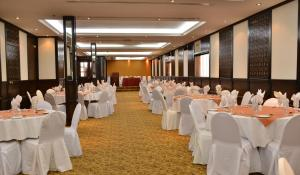 Imperial Suites Hotel, Hotely  Dubaj - big - 33