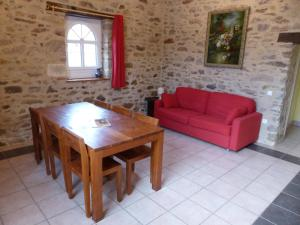 Domaine de La Corbe, Bed and Breakfasts  Bournezeau - big - 43