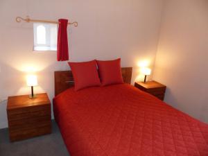 Domaine de La Corbe, Bed and Breakfasts  Bournezeau - big - 30