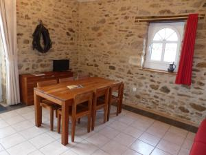 Domaine de La Corbe, Bed and Breakfasts  Bournezeau - big - 31