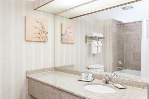 Deluxe Zimmer mit Kingsize-Bett und Balkon - Nichtraucher