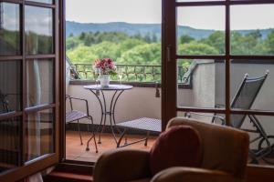 Hotel-Restaurant Vinothek Lamm, Hotel  Bad Herrenalb - big - 18
