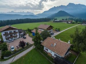 Pension Villa Mahlknecht, Affittacamere  Eggen - big - 8