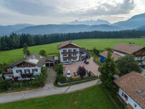 Pension Villa Mahlknecht, Affittacamere  Eggen - big - 7