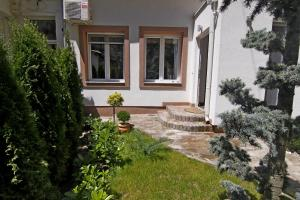 Green and Blue Garden Apartments, Apartmanok  Belgrád - big - 28