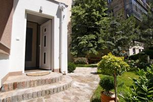 Green and Blue Garden Apartments, Apartmanok  Belgrád - big - 29