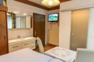 Appartement Gundi Ripper, Апартаменты  Залбах - big - 30