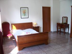 Hotel Le Nathania, Hotely  Saint-Pierre - big - 6