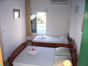 Hotel Le Nathania, Hotely  Saint-Pierre - big - 10