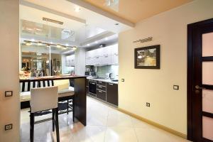 GrodnoHome Pushkina 37-87 superior, Apartments  Grodno - big - 6