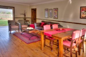 Berluda Farmhouse and Cottages, Ferienwohnungen  Oudtshoorn - big - 23