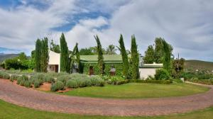 Berluda Farmhouse and Cottages, Ferienwohnungen  Oudtshoorn - big - 73