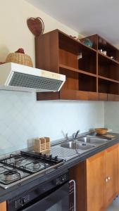 Villa Panoramica Belvedere, Appartamenti  Scontrone - big - 36