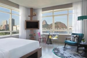Double Room with Sugarloaf Mountain View