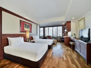 One-Bedroom Executive Suite