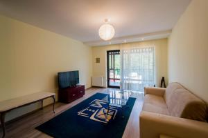 Galaxy Apartment, Apartments  Braşov - big - 12