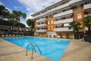 Residence Schubert, Apartmány  Lignano Sabbiadoro - big - 1