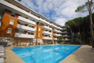 Residence Schubert, Apartmány  Lignano Sabbiadoro - big - 77