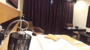 Rose Garden Hotel, Hotel  Riyad - big - 18