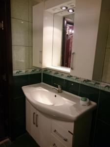 Apartment on Xudu Məmmədov 36, Apartmány  Baku - big - 6