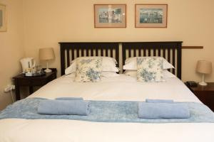 Home From Home B&B, Bed and breakfasts  Pietermaritzburg - big - 32
